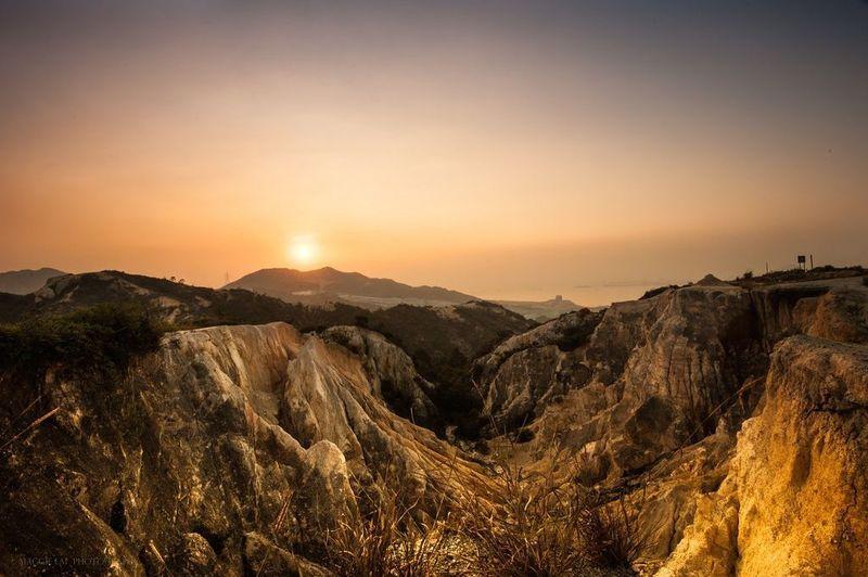 Hong Kong hk 香港 玩樂雜誌 【菠蘿山】屯門輕鬆行山遊:走進迷你大峽谷