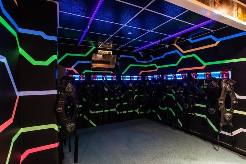 新穎室內運動 / 室內玩樂 黃埔紅磡 Hong Kong hk 香港 玩樂活動 香港 War Game競技場體驗 適合 2 至 150 人
