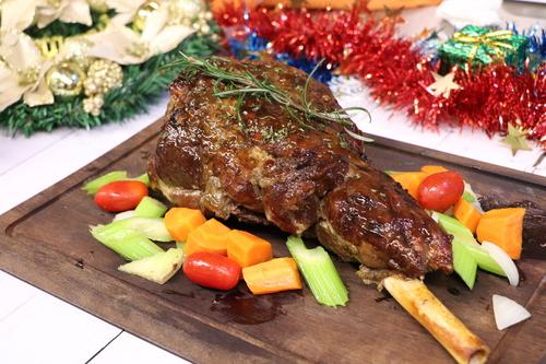 到會美食  Hong Kong hk 香港 玩樂活動 場地 【12月期間限定・由你配搭】60人 聖誕美食到會套餐 適合 56 至 62 人