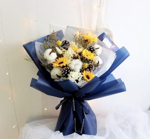 送禮鮮花/乾花  Hong Kong hk 香港 玩樂活動 場地 陽光錫蘭黃向日葵保鮮花乾花束 適合  至  人