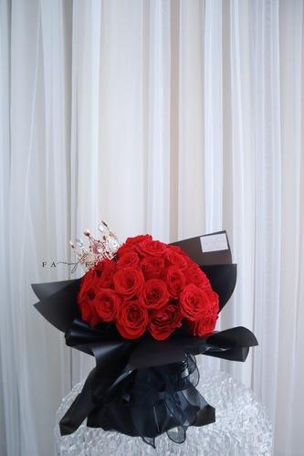 送禮鮮花/乾花  Hong Kong hk 香港 玩樂活動 場地 Fa Queen (50枝皇冠紅玫瑰) 適合  至  人