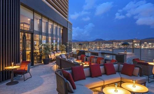 婚禮場地 北角 Hong Kong hk 香港 玩樂活動 場地 Cruise 空中餐廳及酒吧 適合 1 至 180 人