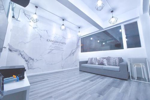 Party Room 尖沙咀 Hong Kong hk 香港 玩樂活動 場地 Endless Party House - 工業風格 適合 4 至 10 人