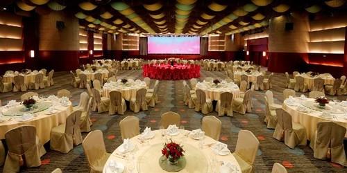 婚禮場地 尖沙咀 Hong Kong hk 香港 玩樂活動 場地 胡應湘宴會廳 龍堡國際 旗下 適合 1 至 1000 人