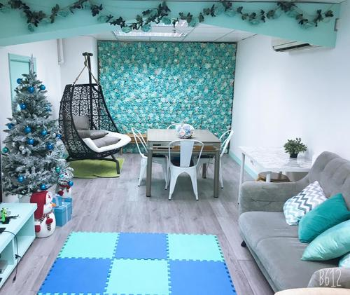 Party Room 葵涌 Hong Kong hk 香港 玩樂活動 場地 LazyBoss -Tiffany blue 主題房 適合 4 至 8 人