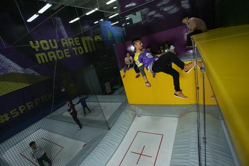 新穎室內運動 / 室內玩樂 旺角 Hong Kong hk 香港 玩樂活動 場地 SuperPark 一站式室內活動樂園 適合 2 至 100 人