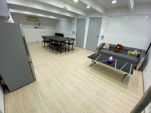 Party Room 旺角 Hong Kong hk 香港 玩樂活動 場地 Party Moment - 大廳連大小熊館 適合 15 至 35 人